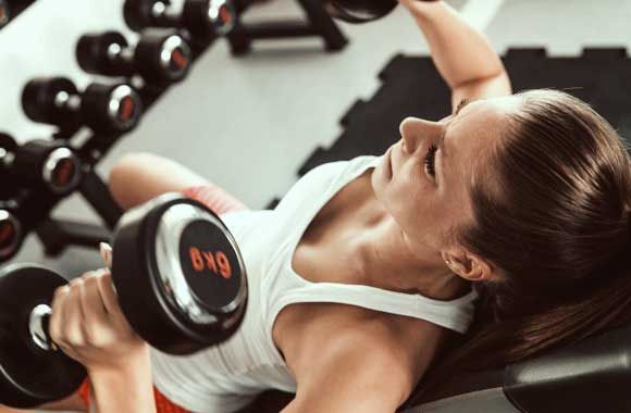 Weight-lifting-in-fitness